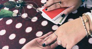 På vilket sätt kan man använda tarotkort